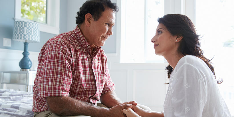 5 Signs Your Aging Parent is Afraid to Ask You for Help